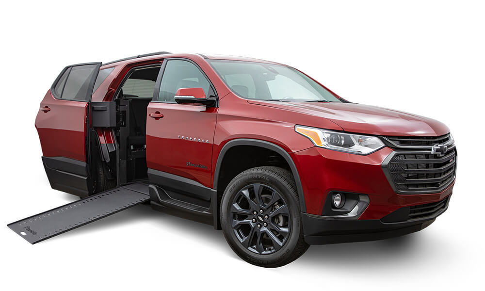 accessible-auto-show-2020-chevy-traverse-1000x600